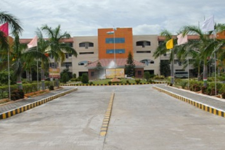 https://cache.careers360.mobi/media/colleges/social-media/media-gallery/3005/2019/2/23/Campus View of Sri Balaji Chockalingam Engineering College Tiruvannamalai_Campus-View.jpg