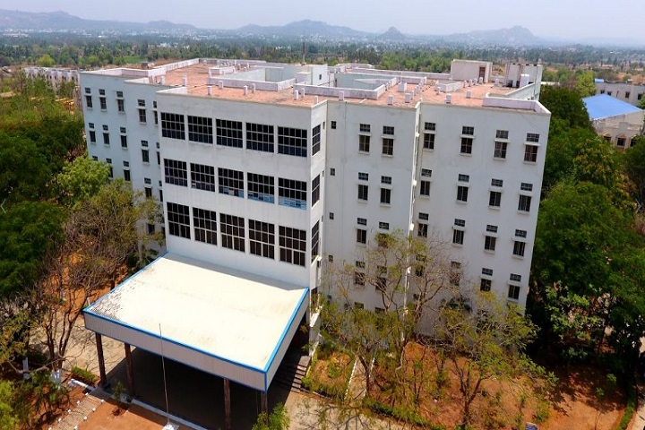 https://cache.careers360.mobi/media/colleges/social-media/media-gallery/3013/2019/3/29/Campus View of Sreenivasa Institute of Technology and Management Studies Chittoor_Campus-View.jpg