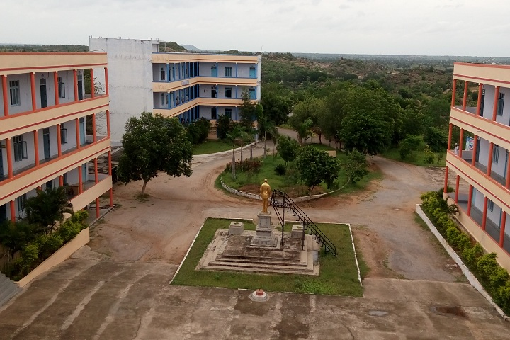 https://cache.careers360.mobi/media/colleges/social-media/media-gallery/3015/2019/7/26/Campus View of Madhira Institute of Technology and Science Kodad_Campus-View.jpg