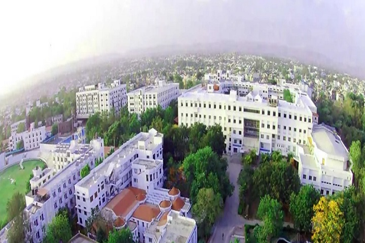 https://cache.careers360.mobi/media/colleges/social-media/media-gallery/30764/2020/10/16/Campus View of MGM Institute of Hotel Management Aurangabad_Campus-View.jpg