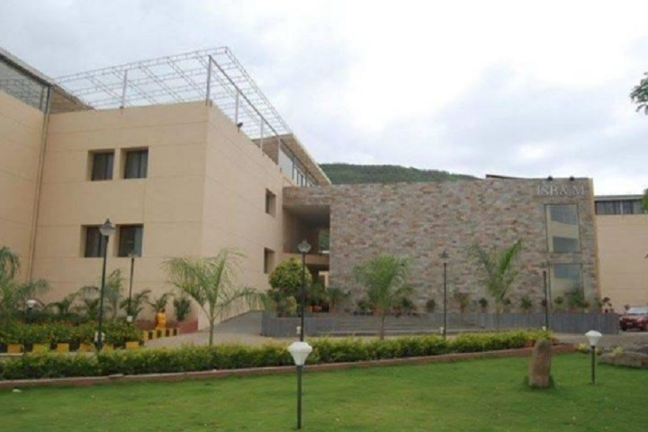 https://cache.careers360.mobi/media/colleges/social-media/media-gallery/30932/2020/10/19/Campus view of ISB and M College of Commerce Pune_Campus-View.jpg