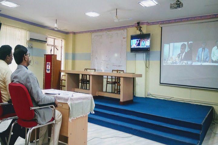 https://cache.careers360.mobi/media/colleges/social-media/media-gallery/31406/2020/10/6/Video Conference of Manonmaniam Sundaranar University College Govindaperi_Others.jpg
