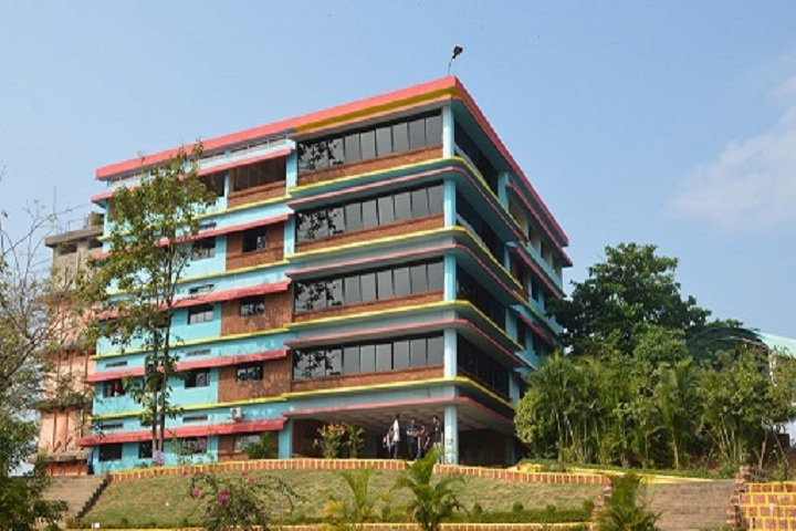 https://cache.careers360.mobi/media/colleges/social-media/media-gallery/3153/2019/2/27/campus View of Shree Rayeshwar Institute of Engineering and Information Technology Goa_campus-View.jpg