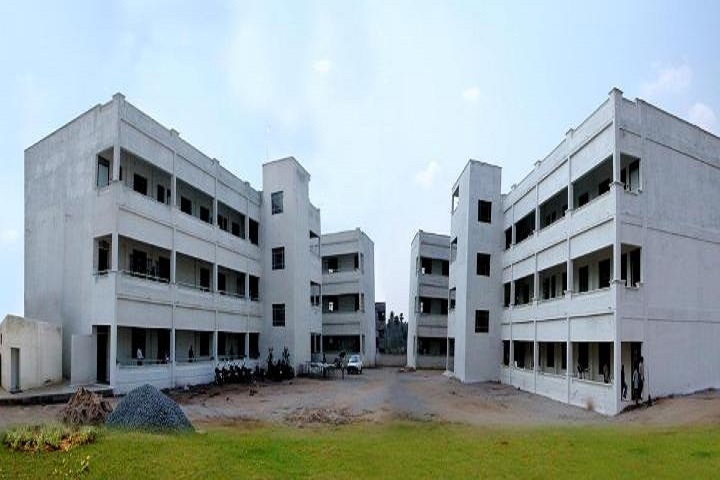 https://cache.careers360.mobi/media/colleges/social-media/media-gallery/3242/2018/10/22/Campus View of Sasurie College of Engineering Tirupur_Campus-View.jpg
