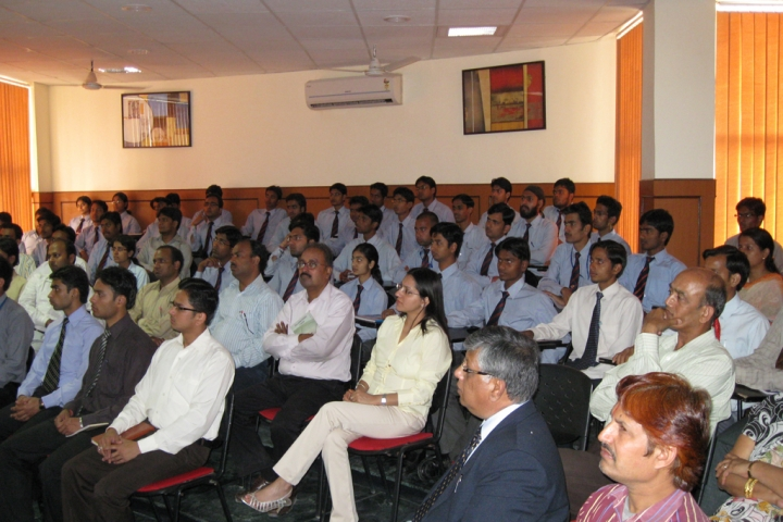 https://cache.careers360.mobi/media/colleges/social-media/media-gallery/3253/2017/12/13/Saraswati-Institute-of-Technology-and-Management-Lucknow29.jpg