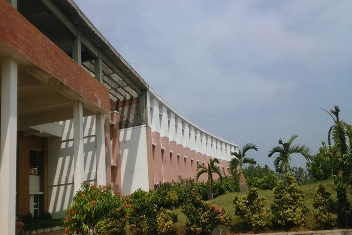 https://cache.careers360.mobi/media/colleges/social-media/media-gallery/3258/2019/2/25/Campus-View of Saraswathy College of Engineering and Technology Villupuram_Campus-View.jpg