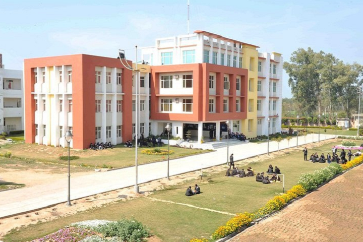 https://cache.careers360.mobi/media/colleges/social-media/media-gallery/3316/2018/11/1/Campus view of Sachdeva Engineering College for Girl Mohali_Campus-View.png