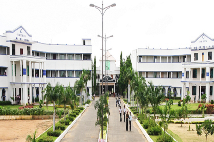 https://cache.careers360.mobi/media/colleges/social-media/media-gallery/3319/2019/3/8/Campus View of S Veerasamy Chettiar College of Engineering and Technology Tirunelveli_Campus-View.png