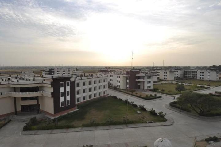 https://cache.careers360.mobi/media/colleges/social-media/media-gallery/332/2019/7/16/Campus view of Jagannath University Jaipur_Campus-View.jpg