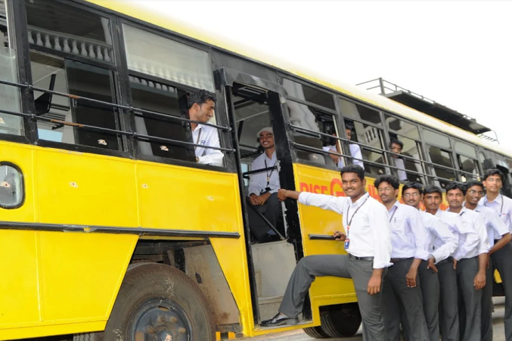 https://cache.careers360.mobi/media/colleges/social-media/media-gallery/3371/2019/2/25/Transport of RISE Krishna Sai Gandhi Group of Institutions Ongole_Transport.png