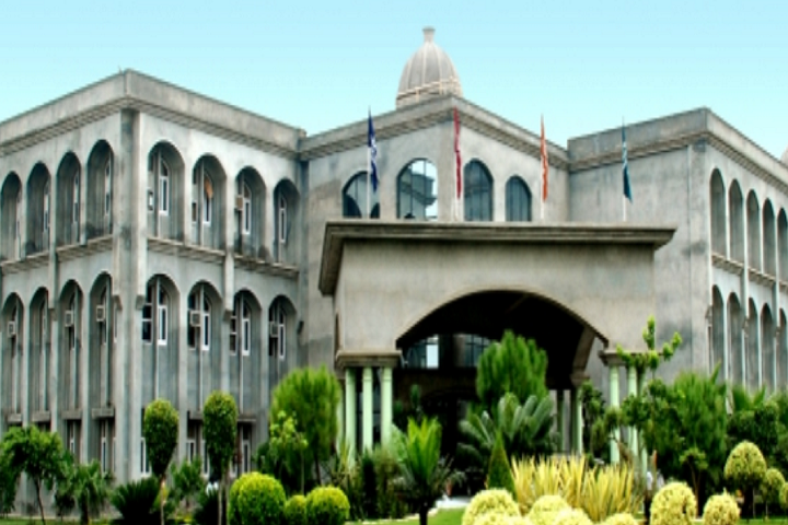 https://cache.careers360.mobi/media/colleges/social-media/media-gallery/3372/2020/12/23/Campus View of RIMT Institute of Engineering and Technology Gobindgarh_Campus-View.png