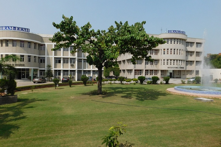 https://cache.careers360.mobi/media/colleges/social-media/media-gallery/3397/2019/3/1/Campus View of Ram-Eesh Institute of Engineering and Technology Greater Noida_Campus-View.jpg