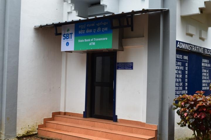 https://cache.careers360.mobi/media/colleges/social-media/media-gallery/3406/2018/8/10/Rajiv-Gandhi-Institute-of-Technology-Kottayam-atm.jpg