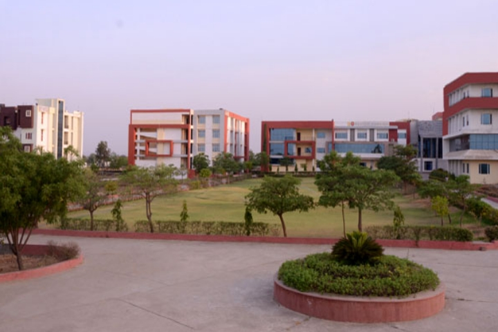 https://cache.careers360.mobi/media/colleges/social-media/media-gallery/3419/2019/3/19/Campus View of Rajasthan Engineering College Dausa_Campus-View.jpg
