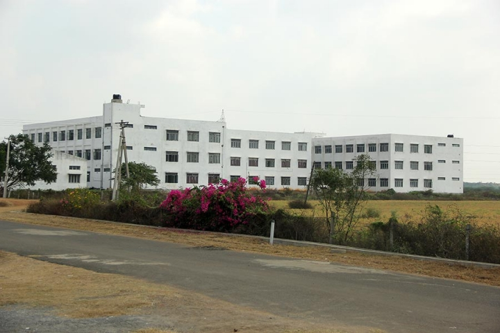 https://cache.careers360.mobi/media/colleges/social-media/media-gallery/3460/2018/10/14/campus view of QIS Institute of Technology Ongole_Campus-view.JPG