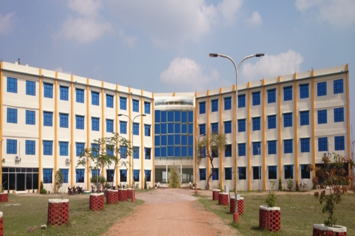 https://cache.careers360.mobi/media/colleges/social-media/media-gallery/3473/2019/7/6/Campus View of Pandit Dev Prabhakar Shastri College of Technology Chhatarpur_Campus-View.jpg