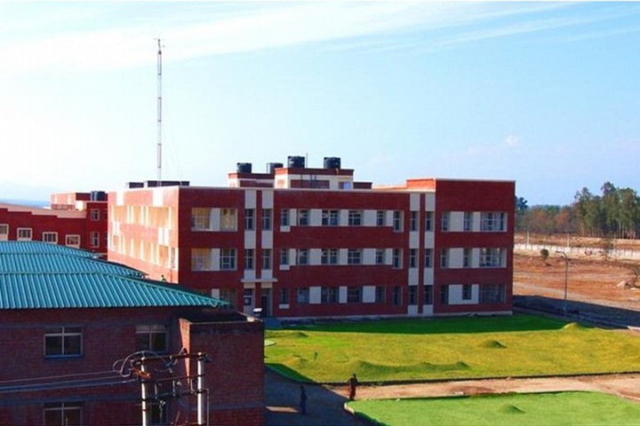 https://cache.careers360.mobi/media/colleges/social-media/media-gallery/348/2019/7/1/Campus View of Himgiri Zee University Dehradun_Campus-View.jpg