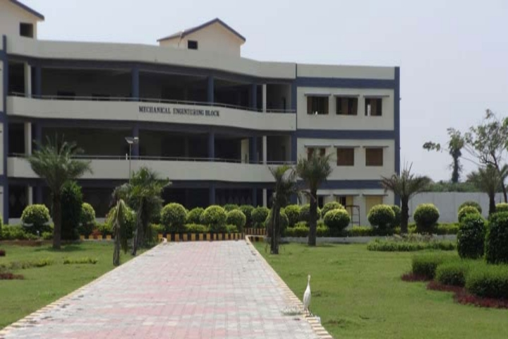 https://cache.careers360.mobi/media/colleges/social-media/media-gallery/3494/2018/9/29/CampusView of Prince Shri Venkateshwara Padmavathy Engineering College_Campus-View.jpg