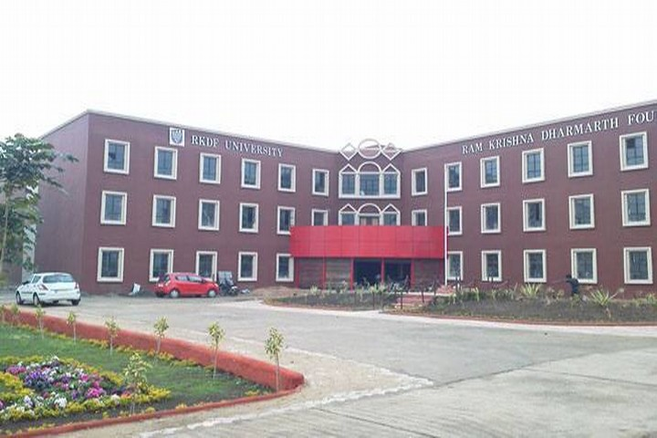 https://cache.careers360.mobi/media/colleges/social-media/media-gallery/351/2020/10/19/Campus View of RKDF University Bhopal_Campus-View.jpg