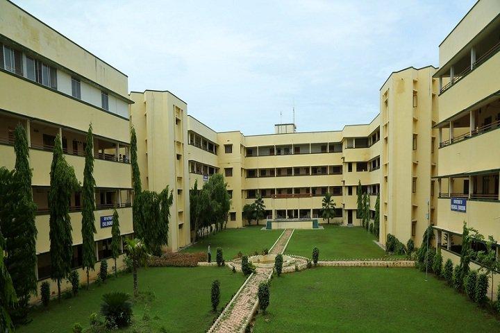 https://cache.careers360.mobi/media/colleges/social-media/media-gallery/3510/2018/8/16/Prasad-V-Potluri-Siddhartha-Institute-of-Technology-Vijaywada-CV.jpg