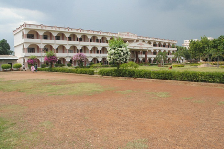 https://cache.careers360.mobi/media/colleges/social-media/media-gallery/3515/2019/3/30/Campus view of Prakasam Engineering College Prakasam_Campus-view.JPG