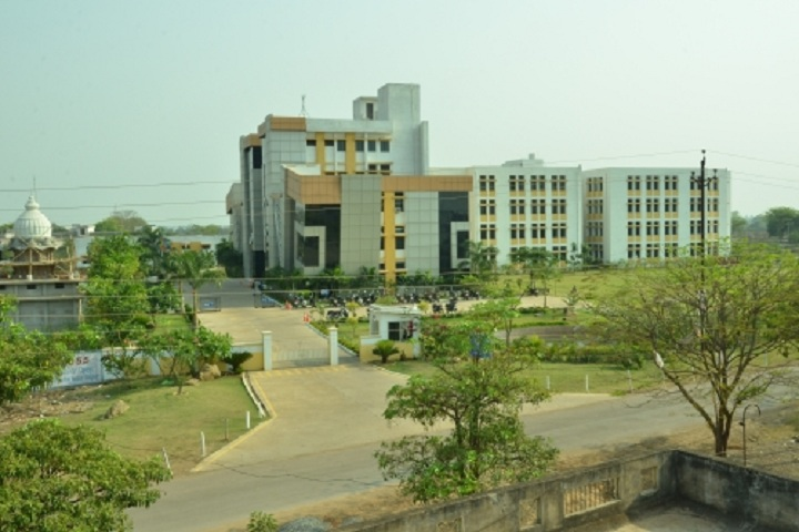 https://cache.careers360.mobi/media/colleges/social-media/media-gallery/3518/2018/10/1/College View of Pragati College of Engineering and Management Raipur_Campus-View.jpg