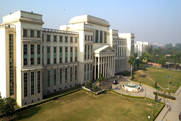 https://cache.careers360.mobi/media/colleges/social-media/media-gallery/353/2019/1/25/University view of Amity University Lucknow_Campus-view.jpg