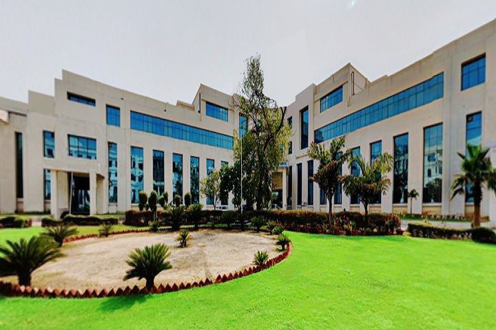 https://cache.careers360.mobi/media/colleges/social-media/media-gallery/356/2019/6/24/Campus-View of Monad University Hapur_Campus-View.png
