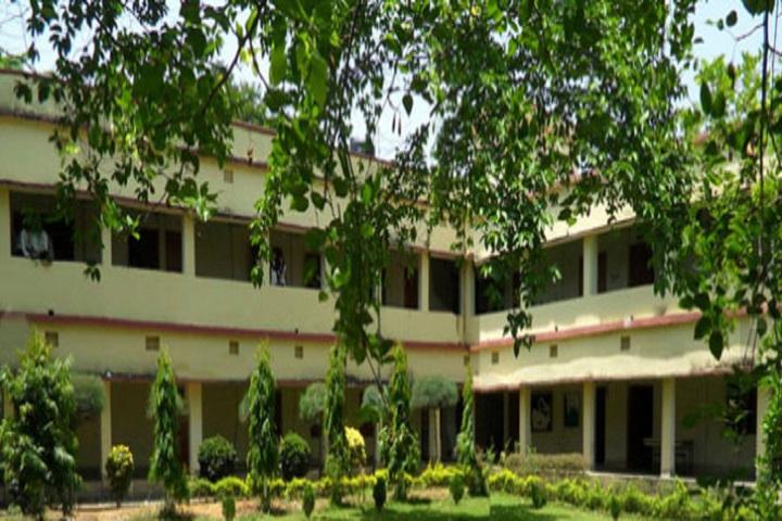 https://cache.careers360.mobi/media/colleges/social-media/media-gallery/3573/2018/8/18/Padmashree-Krutartha-Acharya-College-of-Engineering-Bargarh-campus-view.jpg