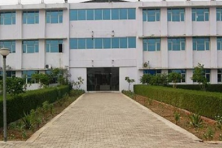 https://cache.careers360.mobi/media/colleges/social-media/media-gallery/3594/2018/9/26/Campus View of PK Institute of technology and Management Mathura_Campus-View.jpg