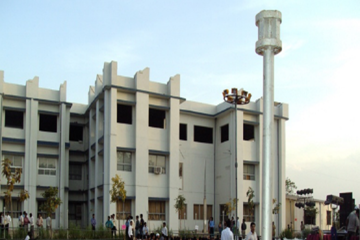 https://cache.careers360.mobi/media/colleges/social-media/media-gallery/3620/2019/1/18/Campus View of NRI Institute of Technology and Management Gwalior_Campus-View.png