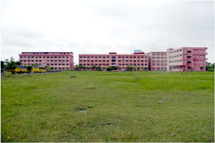 https://cache.careers360.mobi/media/colleges/social-media/media-gallery/3623/2018/10/30/Campus View of Nova Institute of Technology Eluru_Campus-View.jpg