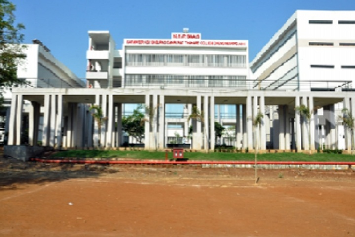 https://cache.careers360.mobi/media/colleges/social-media/media-gallery/3669/2019/3/25/College View of NDMVP Samajs Karmaveer Adv Baburao Ganpatrao Thakare College of Engineering Nashik_Campus-View.jpg