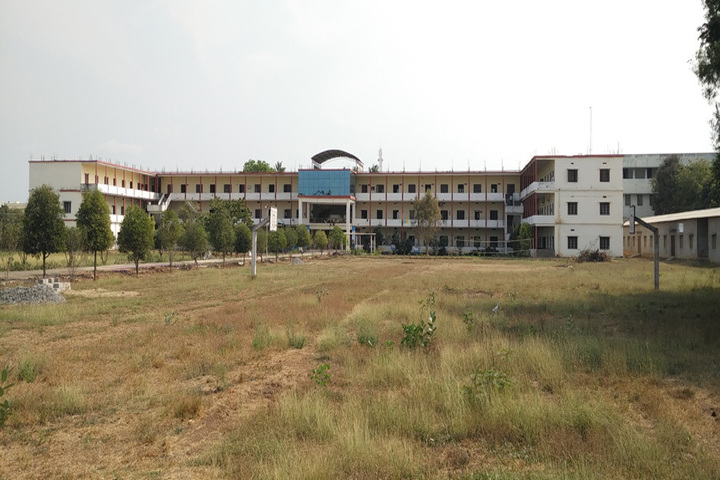 https://cache.careers360.mobi/media/colleges/social-media/media-gallery/3680/2018/10/2/Campus view of  Nannapaneni Venkat Rao College of Engineering and Technology Guntur_Campus-View.jpg