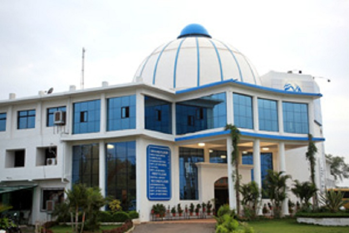 https://cache.careers360.mobi/media/colleges/social-media/media-gallery/3738/2020/8/25/College front view of MM College of Technology Raipur_Campus-View.jpg