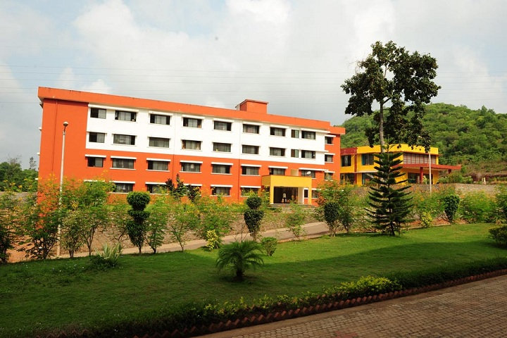 https://cache.careers360.mobi/media/colleges/social-media/media-gallery/3808/2019/1/7/Campus View of Mangalore Institute of Technology and Engineering Mangalore_Campus View.jpg