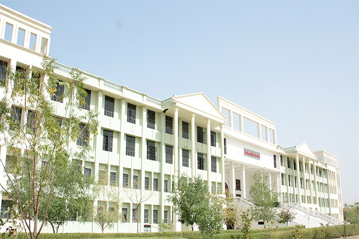 https://cache.careers360.mobi/media/colleges/social-media/media-gallery/3854/2019/2/20/College View of Maharishi Arvind International Institute of Technology Kota_Campus-View.jpg