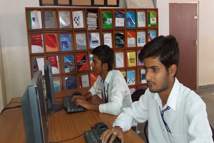 https://cache.careers360.mobi/media/colleges/social-media/media-gallery/3856/2017/9/29/Maharishi-Arvind-College-of-Engineering-and-Research-Centre-J5.jpg