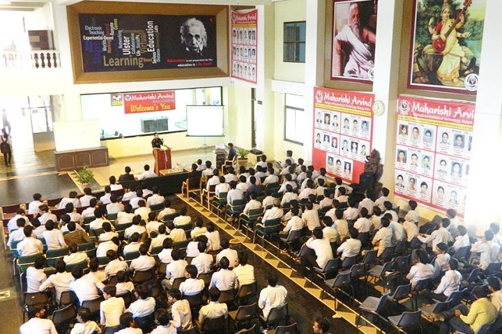 https://cache.careers360.mobi/media/colleges/social-media/media-gallery/3857/2017/11/7/Maharishi-Arvind-College-of-Engineering-and-Technology-Kota5.jpg