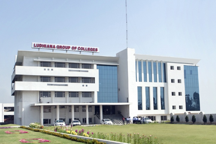 https://cache.careers360.mobi/media/colleges/social-media/media-gallery/3909/2019/4/2/Campus View of Ludhiana Group of Colleges Ludhiana_Campus-view.jpg
