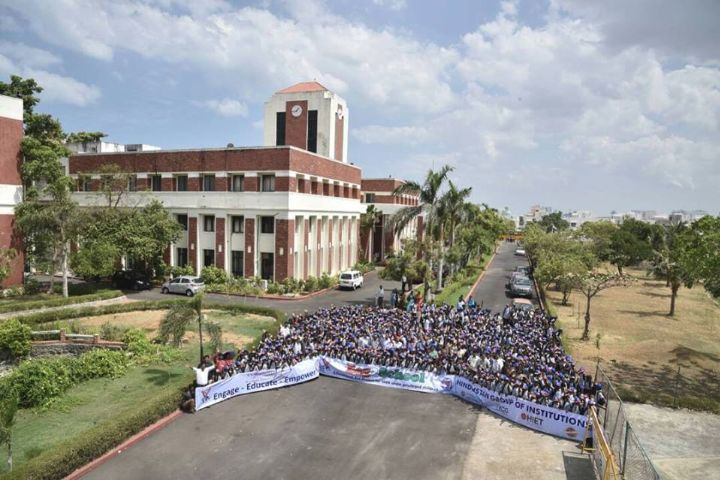 https://cache.careers360.mobi/media/colleges/social-media/media-gallery/4011/2018/8/24/KCG-College-of-Technology-Chennai6.jpg