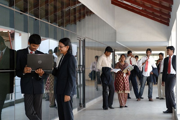 https://cache.careers360.mobi/media/colleges/social-media/media-gallery/4018/2018/7/16/Kathir-College-of-Engineering-Coimbatore-Campus-View3.jpg