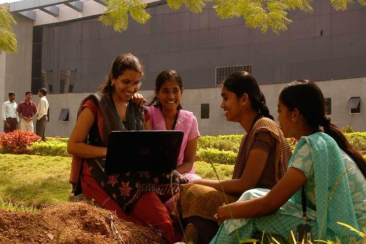 https://cache.careers360.mobi/media/colleges/social-media/media-gallery/4024/2018/8/24/KEC-Coimbatore6.jpg