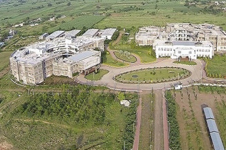 https://cache.careers360.mobi/media/colleges/social-media/media-gallery/4027/2018/10/5/Campus View of Karmayogi Engineering College Solapur_Campus-View.jpg