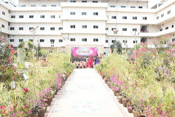 https://cache.careers360.mobi/media/colleges/social-media/media-gallery/4055/2019/1/3/Campus View Of Kakinada Institute of Engineering and Technology for Women Korangi_Campus-View.JPG