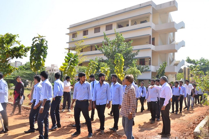 https://cache.careers360.mobi/media/colleges/social-media/media-gallery/406/2019/7/3/Campus View of Ambedkar Institute of Management Studies Visakhapatnam_Campus-View.jpg