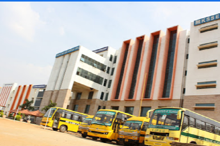 https://cache.careers360.mobi/media/colleges/social-media/media-gallery/4066/2020/9/3/Campus View of KS School of Engineering and Management Bangalore_Campus-View.png