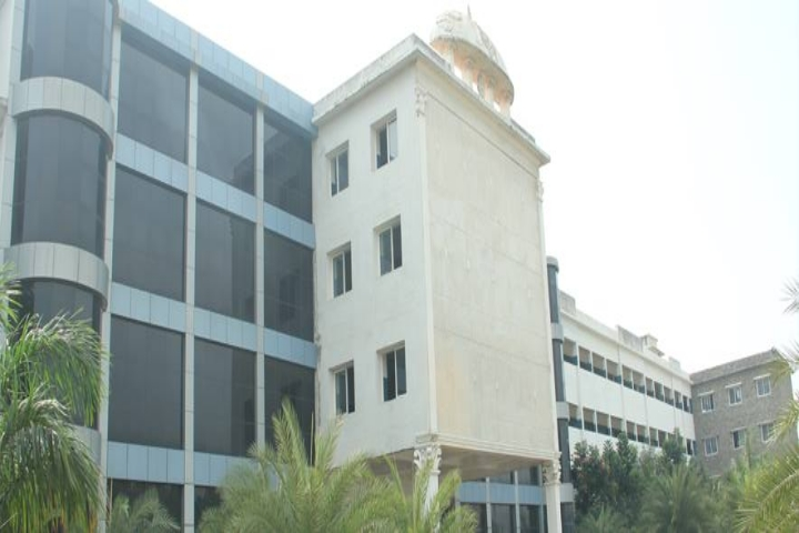 https://cache.careers360.mobi/media/colleges/social-media/media-gallery/4113/2019/2/18/Campus View of JCT College of Engineering and Technology Pichanur_Campus-View.jpg