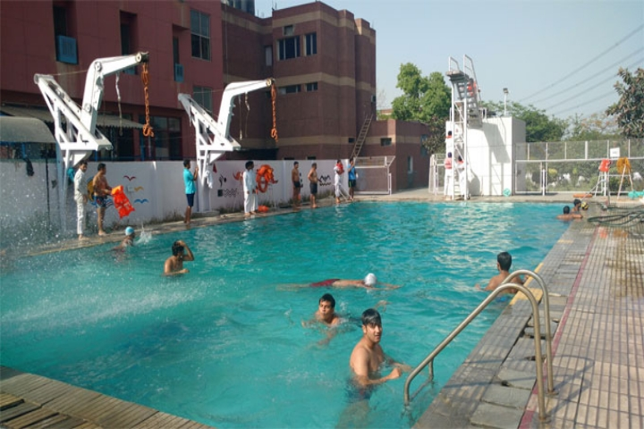 https://cache.careers360.mobi/media/colleges/social-media/media-gallery/4177/2018/10/24/Swimming pool of International Maritime Institute Greater Noida_Others.jpg