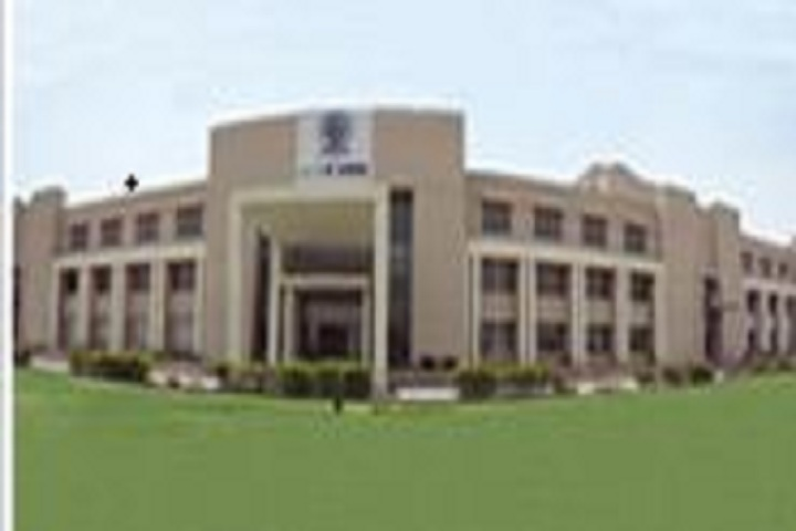 https://cache.careers360.mobi/media/colleges/social-media/media-gallery/4200/2019/1/20/Campus View Of Institute of Information Technology and Management Gurgaon_Campus-View.JPG